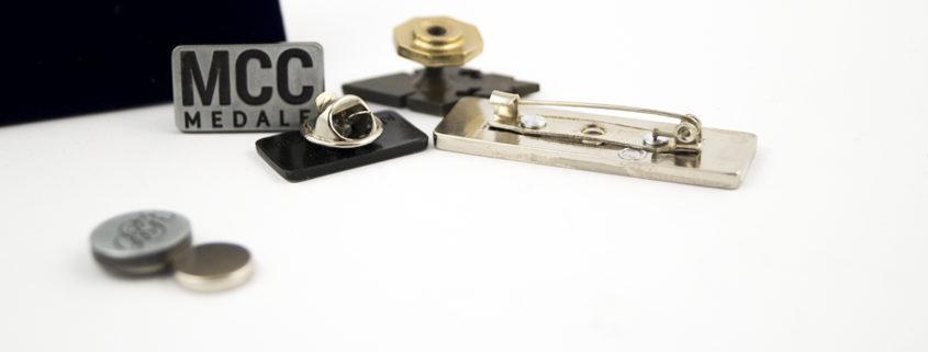 Metal badge pins – types of fasteners
