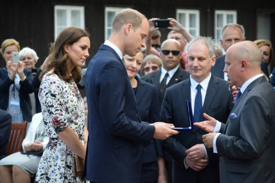 Commemorated medal given in Poland to Prince William